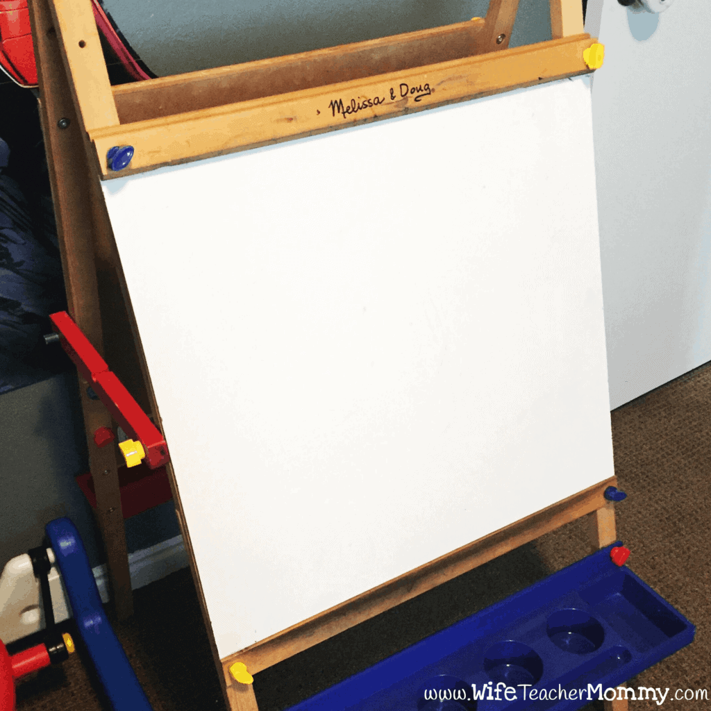 Melissa and Doug Easel