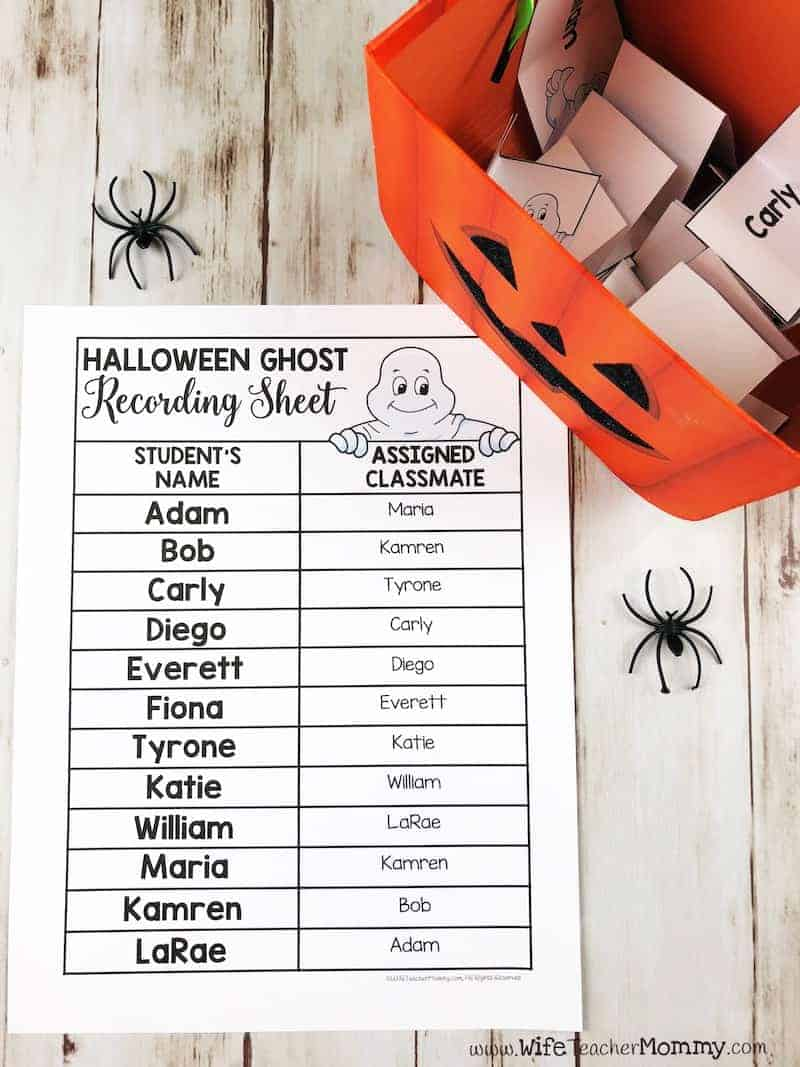 """Want to learn a trick to build your classroom community in October? This Halloween """"Boo"""" classroom activity is a great way to have students write and look out for each other! A great way to promote kindness in the classroom. Versions available for every month of the year!"""